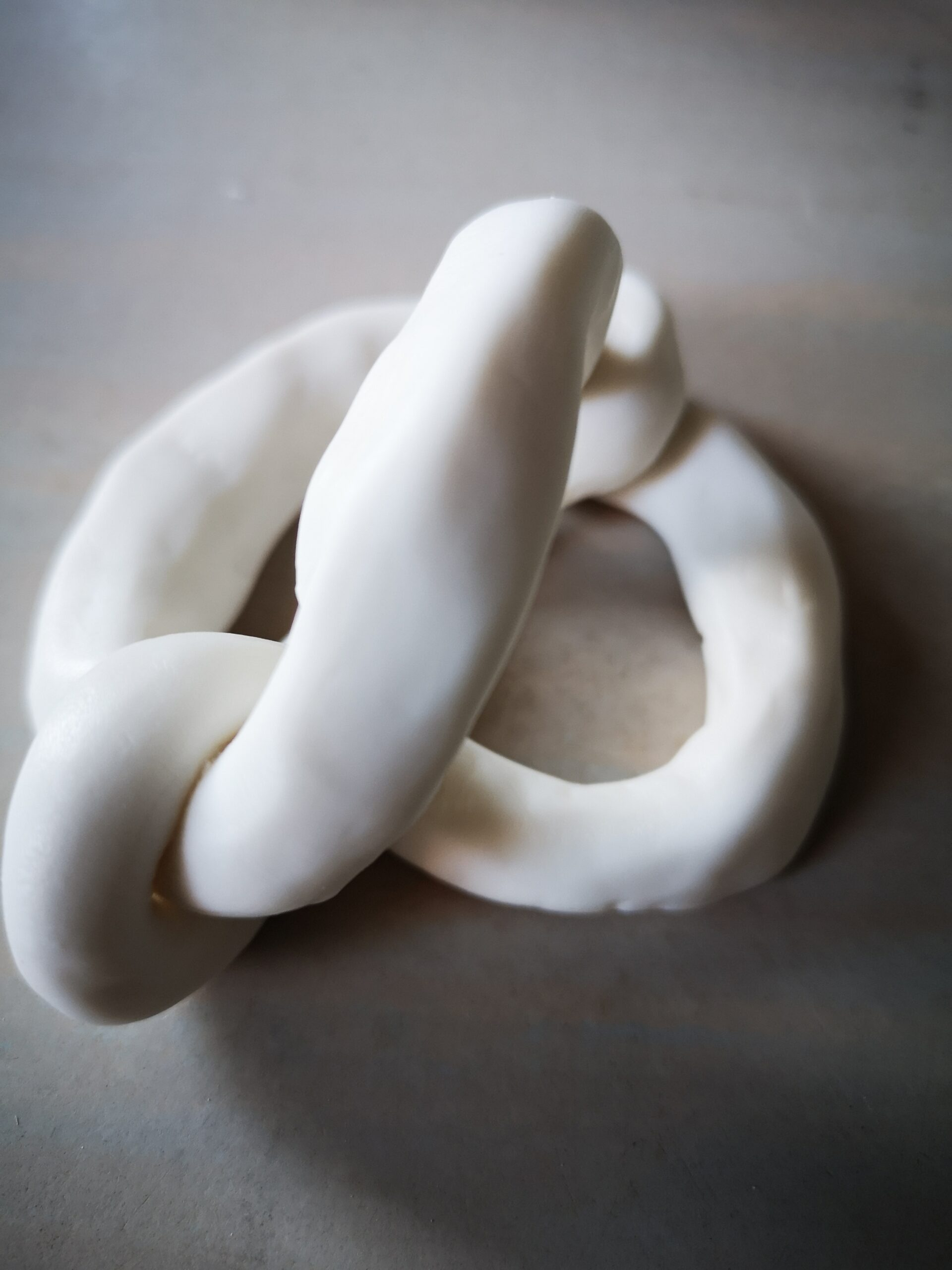 To Entangle, Porcelain Clay